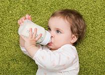 APLV - Quels substituts en cas d'allergie au lait de vache chez Bébé ?